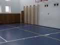 Спортивный зал с синим покрытием